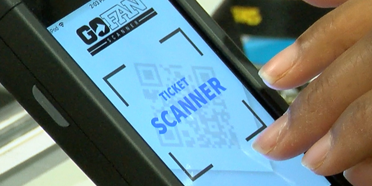 HCS leaders discuss expanding use of ticket scanners ahead of 2019 football season