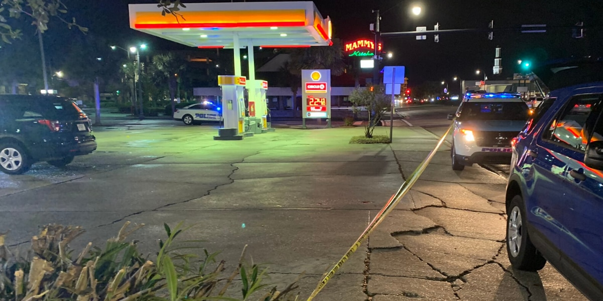 Myrtle Beach police investigate stabbing in gas station parking lot