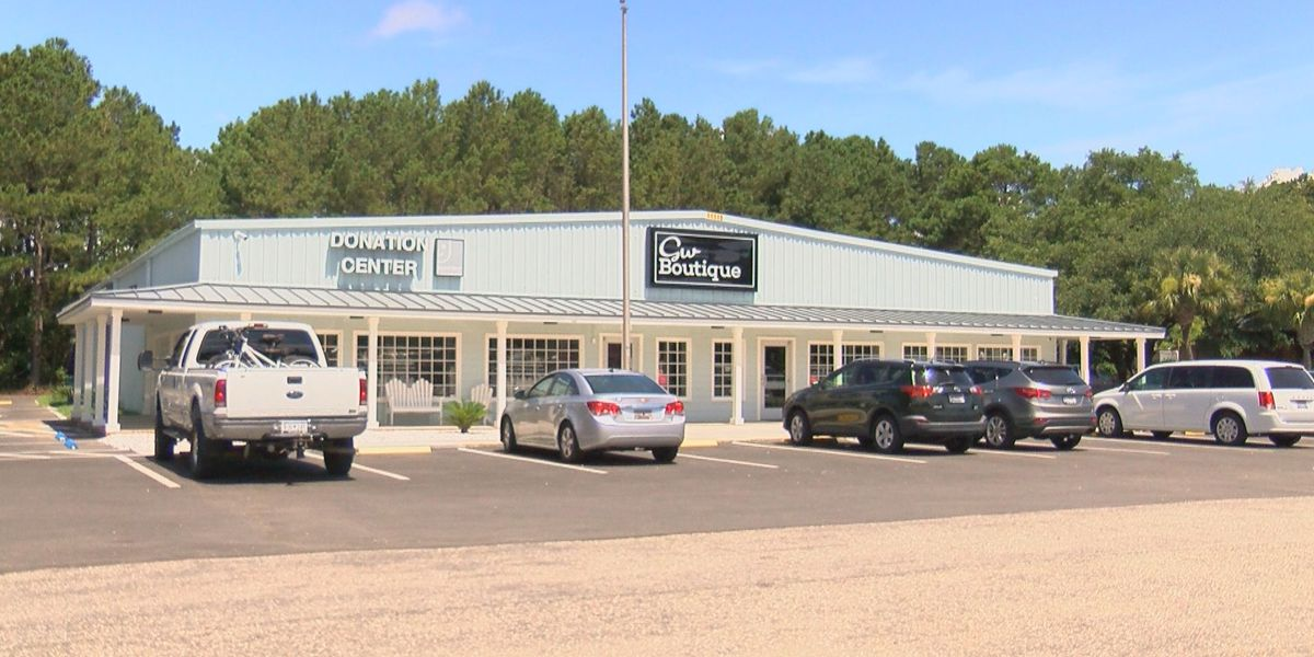 Deal Diva: Goodwill opens a new boutique that offers designer fashion at affordable prices