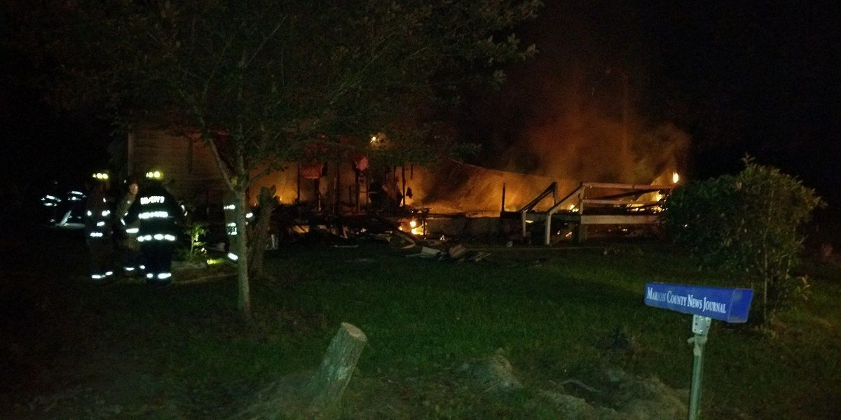 Mobile home in Marion County catches fire Wednesday morning