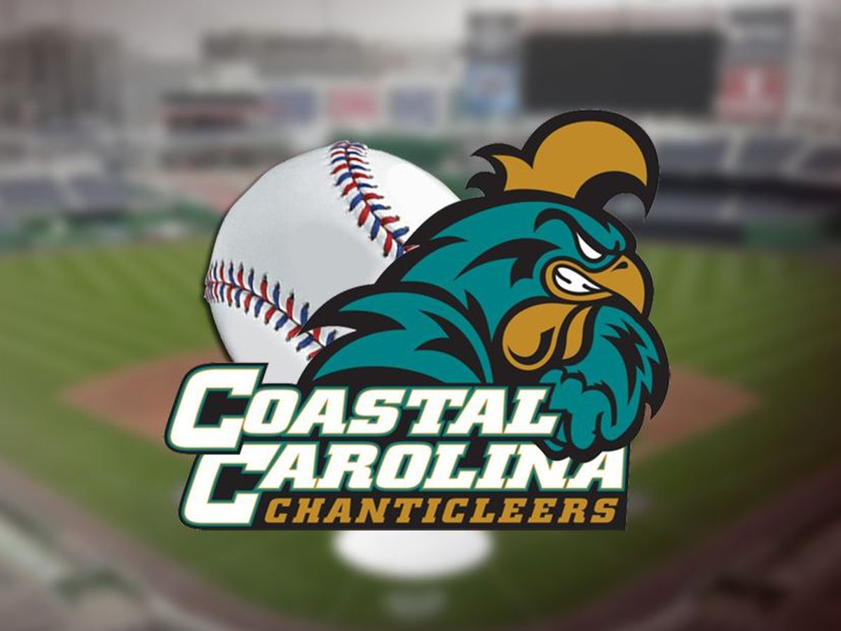 Coastal Carolina defeated ULM 10-6 on Saturday night to advance to the title game