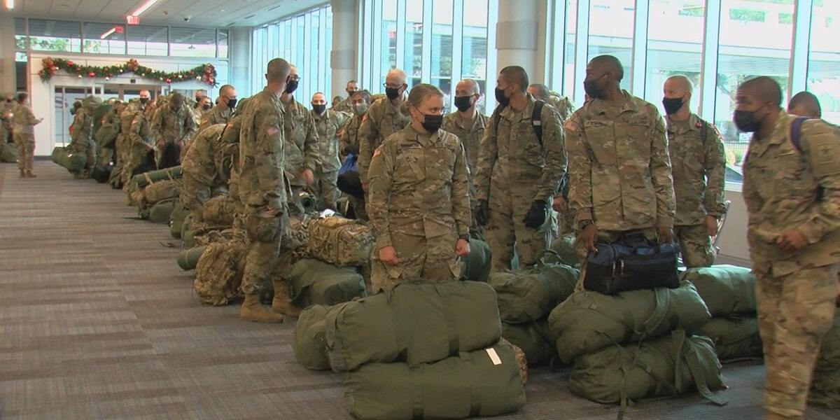 Thousands of Fort Jackson soldiers begin heading home for the holidays