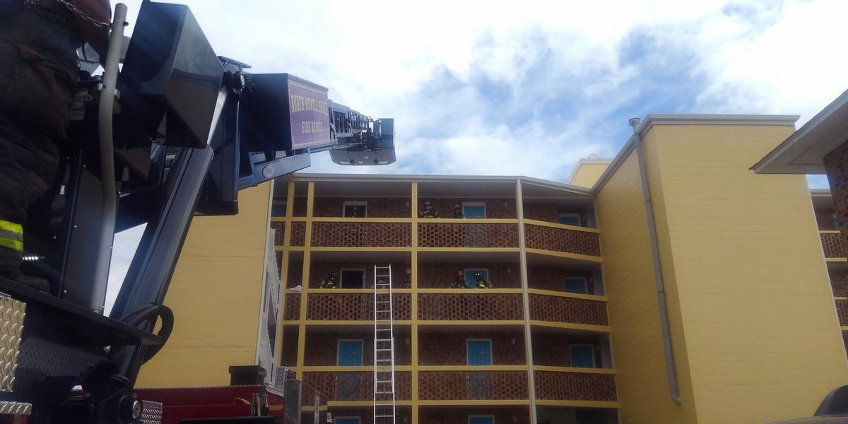 Firefighters find no one in North Myrtle Beach motel room where fire broke out