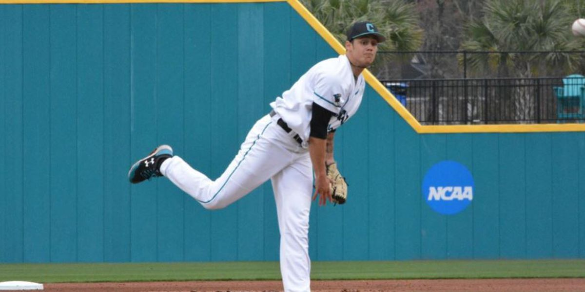 No. 19 Chants Take Two from Spartans in Twin Bill