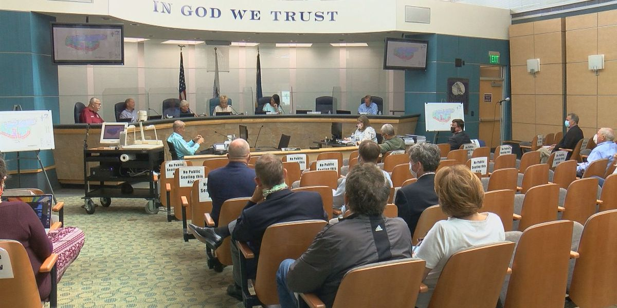 North Myrtle Beach residents express concerns over plans for homes to replace Possum Trot Golf Course