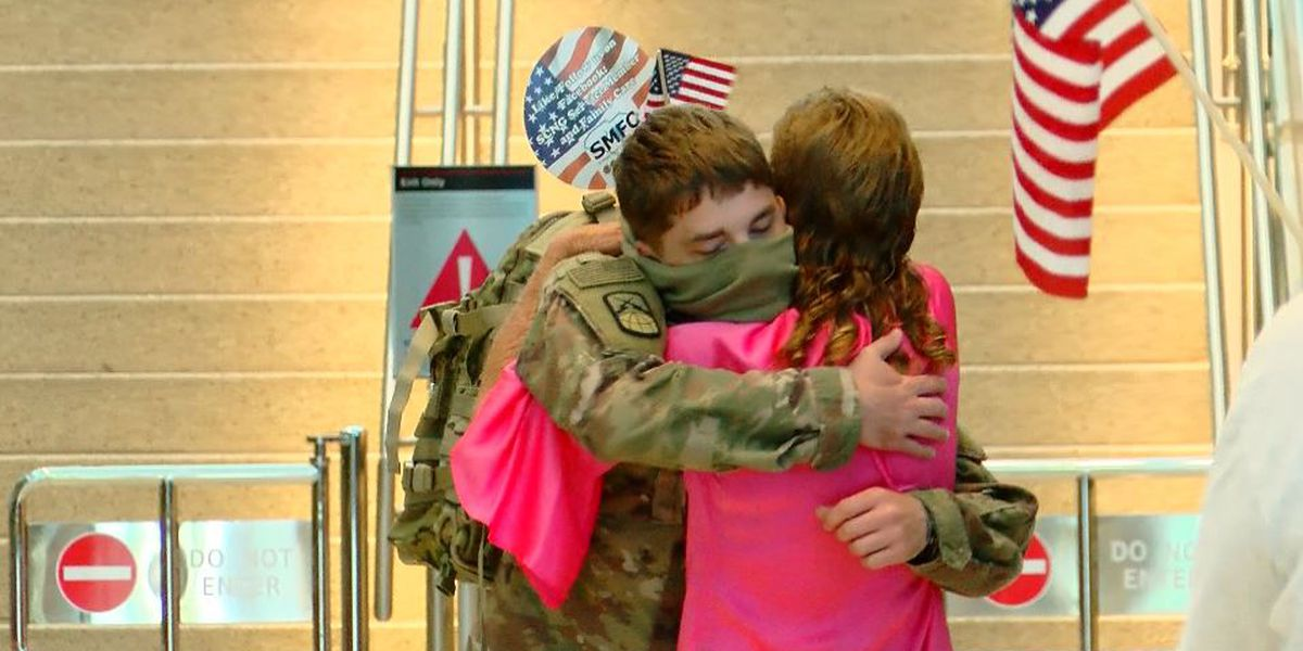 Loved ones, volunteers welcome home Conway soldier after 11-month deployment overseas