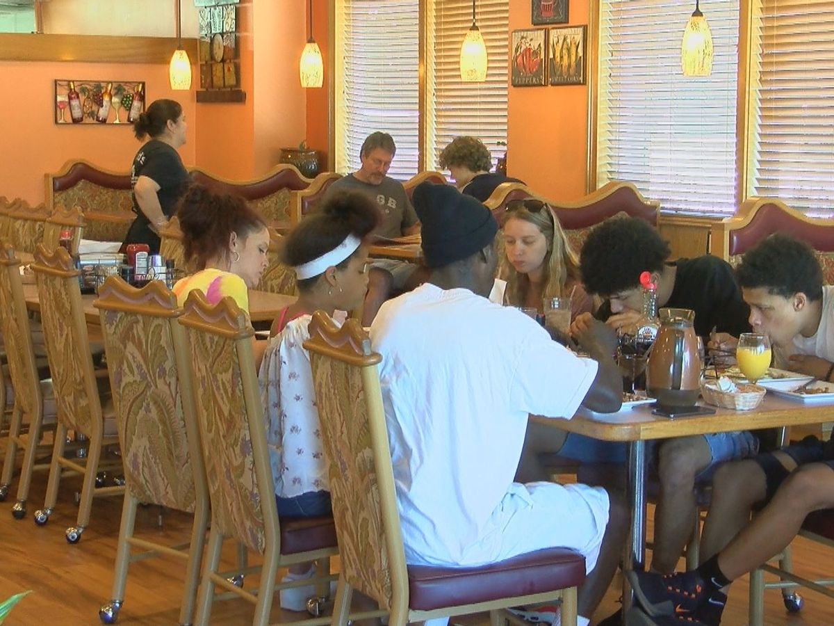 'It's great to be back': S.C. restaurants excited to resume limited dine-in service