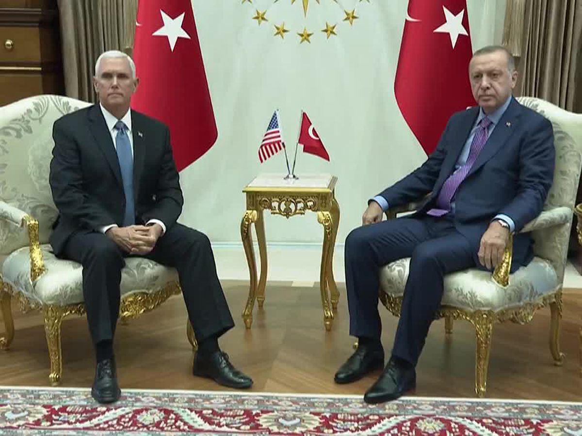 Pence meets with Erdogan, seeking Syria border cease-fire