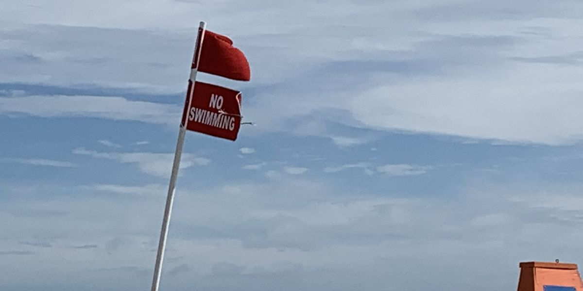Myrtle Beach announces double red flag for Monday, swimming in ocean not allowed