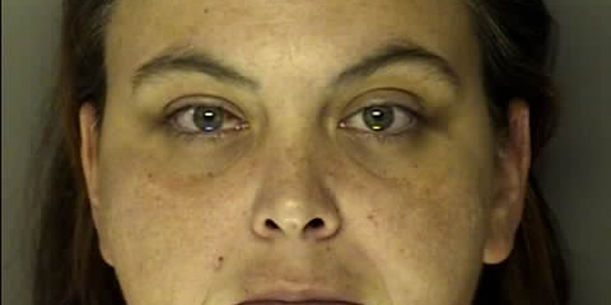 Woman charged with robbing Conway area Waffle House