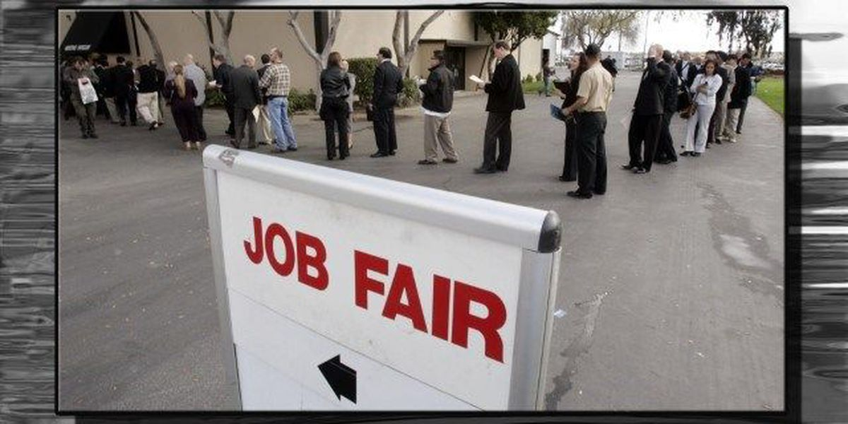 Find a job during Tanger Outlet Centers' job fair