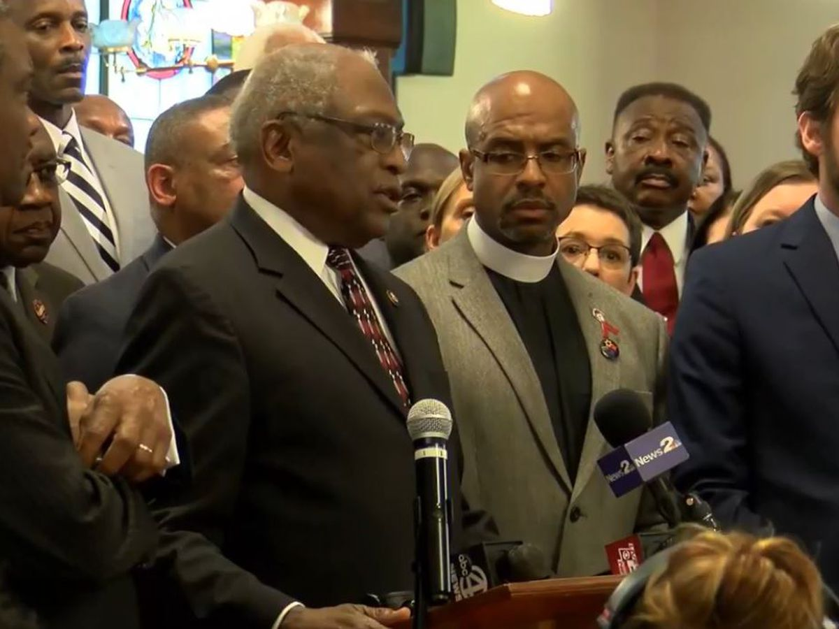 Cunningham, Clyburn push to close 'Charleston loophole' at Emanuel AME church