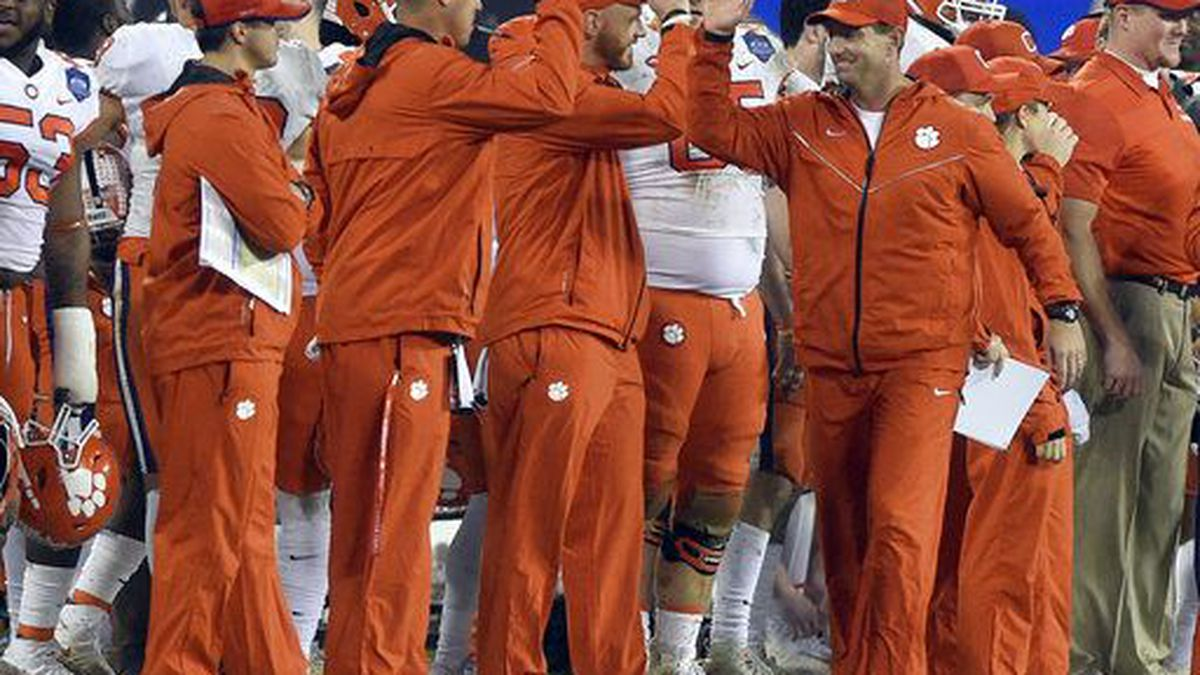 Clemson Tigers greeted with fast food feast during White House visit Monday