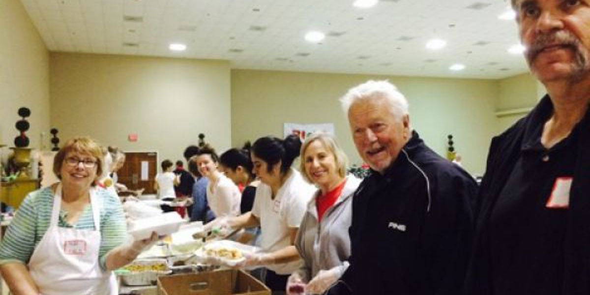 American Red Cross serves Christmas feast to thousands